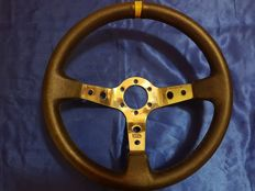 Porsche OMP   steering wheel