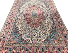 Persian rug from Pakistan – 278 x 180 cm