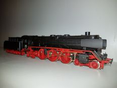 Rivarossi H0 - 1351 - Steam locomotive with tender Series BR01 196 of the DB