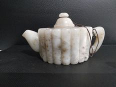 Sculpted jade teapot – China – 20th century