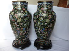 A Pair large vases in cloisonne enamel on copper with flower decoration,China,Late Qing Dynasty, early Republic period.
