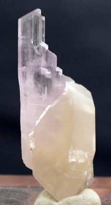 Terminated & Undamaged Pink Kunzite Specimen with Quartz Crystals - 58*25*21 mm - 30 gr