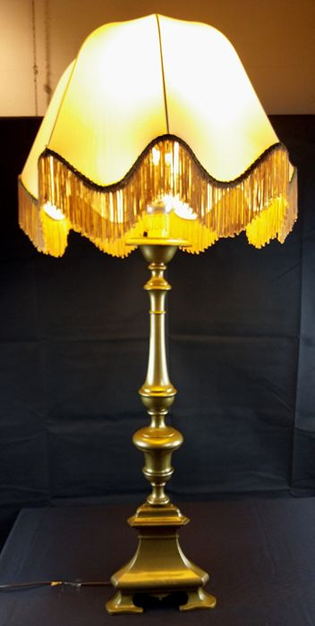 Louis XV large candlestick modified into a table lamp - in bronze - Italy, mid 18th century