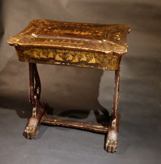Sewing table in lacquer – China, Canton – Qing Dynasty, mid-19th century