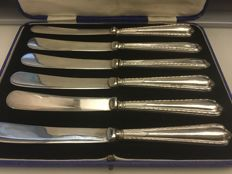 Vintage cased solid silver handle butter knives set . Sheffield - 1927. Makers initials. M& R Ltd