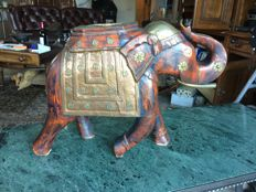 Wooden elephant with copper hardware - India - 2nd half 20th century (60 cm)