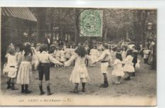 France vibrant cards, 85 X - Beautiful street scenes with a lot of people, cars, and wagons and other scenes - 1900/1930