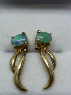 Vintage natural Tanzanian Green Opals in solid 9k yellow gold.