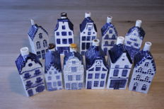 Collection of 11 items of original old KLM houses