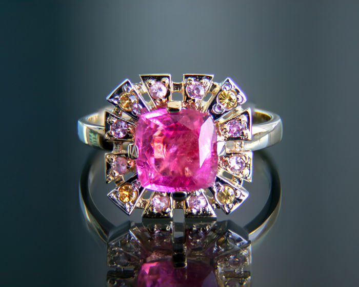 2.32 ct. Tourmaline and Sapphires 14k Gold Ring. Ring size: 18 mm. (7.5 - 8 US) - Free resizing