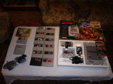 Super Nindendo Donkey Kong Country Set including 14 games.