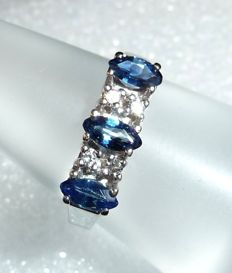 Row ring made of 14 kt / 585 white gold 4 diamonds of 0.07 ct. + 3 sapphires 0.60 ct RG 52 changeable * no reserve price *