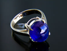 9.9 ct. Sapphire and 14k Gold Ring. *No reserve* *Free resizing*.