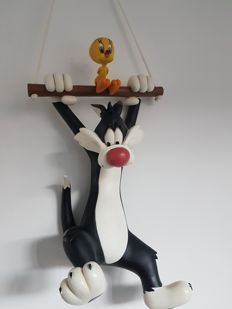 Warner Bros Looney Tunes - Statue Sylvester and Tweety on the trapeze - (2000)