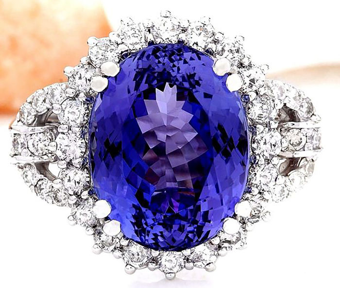 14 kt White Gold Natural Blue Tanzanite (8.61 ct) and Diamond (1.75 ct) Ring.  Total Cts: 10.36 Total Weight 7.8 g Size 6/16/52  **FREE SHIPPING**