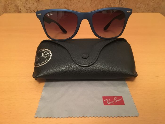 a783e70f36 Ray-Ban - RB 4195 WAYFARER LITEFORCE Occhiali da sole - Catawiki