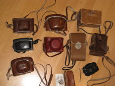 Lot of camera bags covers AGFA Voigtländer Zeiss and lot more!