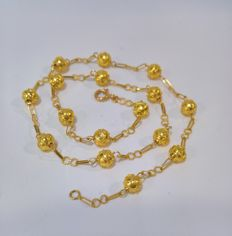 19.25 kt Gold – Necklace with Viana beads – Weight: 8.63 g