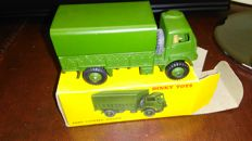 Dinky Toys - Scale 1/48 - Army covered wagon no. 623 plus catalogues