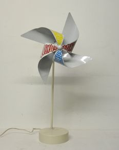 Avant de Dormir – Table lamp for children's rooms – Pinwheel lamp