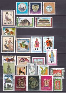 Oriental themes - Set of over 300 stamps