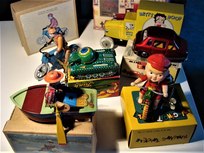 Popular toys from the 80s