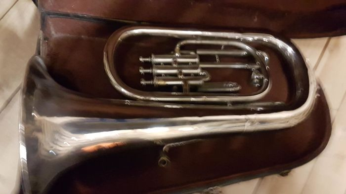 Old Bohemia w.sts wind instrument including case