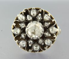 Vintage 14 kt gold ring with different rose cut diamonds on Z2 / 835 silver total about 2.00 carat.