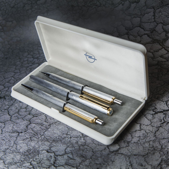 125 Jears Opel Pen Set 1862 - 1987 - Limited Edition -  No Reserve Price
