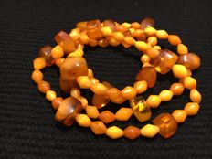 Antique Baltic Amber Necklace 63 g, orange & milky honey colour, 63 g of natural ambers, 1960-70s diamond shaped