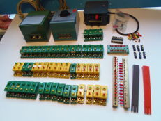 Trix/Märklin N/H0 - 6591/519/6950/6940 - points controls, (light) transformers and other electrical items