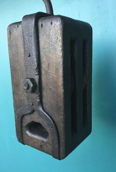 Antique pulley, big and heavy format, ca 1920