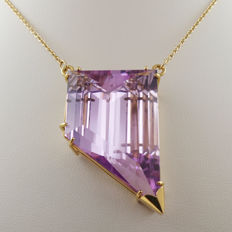 18 kt yellow gold pendant with spectacular natural kunzite of 77.08 ct NEL & CGS certificates