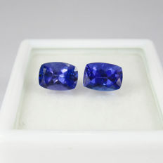 2.01 Ct - Tanzanite Pair