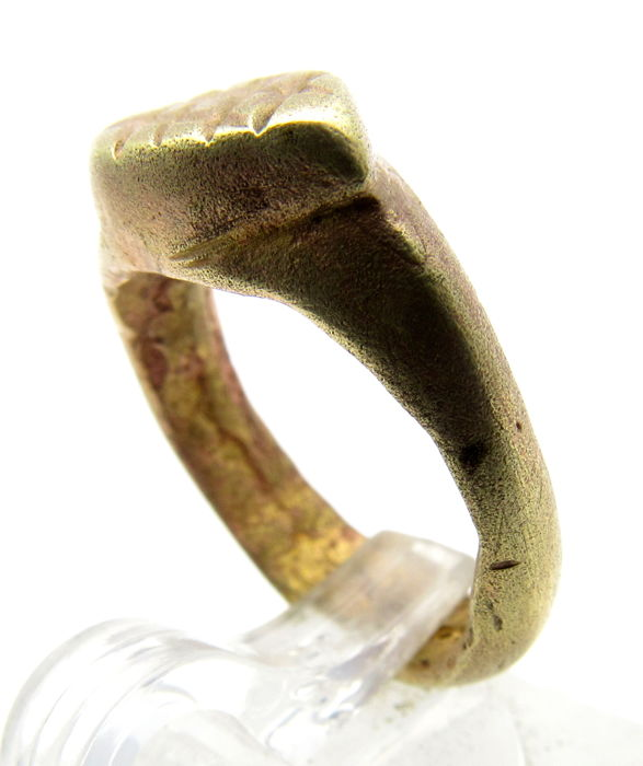 Byzantine Ring with Religious