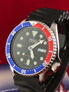 Seiko SKX009 Pepsi – Men's watch – 200 m