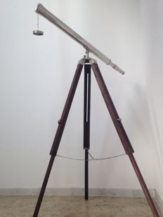 Vintage 1-metre telescope with a wood tripod