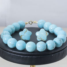 Set of turquoise bracelet and earrings with 18 kt gold clasp