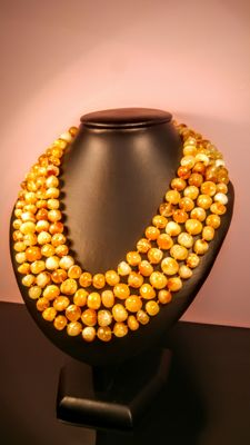 Egg yolk-colour 210 cm length genuine vintage Baltic Amber necklace, 104 grams