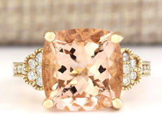 8.11 Carat Morganite And Diamond Ring In 14K Solid Yellow Gold - Ring Size: 7 *** Free Shipping *** No Reserve *** Free Resizing ***