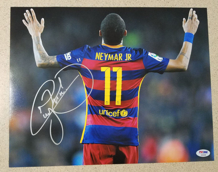 Neymar JR #11 / Fc Barcelona - Authentic & Original Signed Autograph in Photo ( 25x35cm ) - with Certificate of Authenticity PSA/DNA
