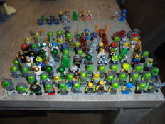 Mini figures - 102 pieces