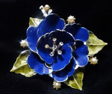 Exquisite big CORO Blue Enameled Flower Brooch with Faux Pearls and Rhinestones - 1940s