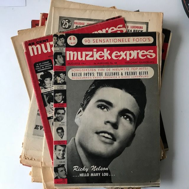 Elvis Presley, Everly Brothers, Ricky Nelson, Cliff Richard, etc. - Lot of 16 original Muziek Expres magazines from 1958-1962