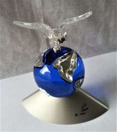 Swarovski - crystal planet with peace dove