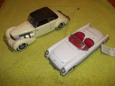 2 Franklin Mint - 1/24 scale - 1953 Corvette and 1937 Cord 812 Phaeton Coupe
