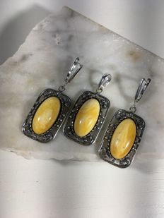 Vintage Baltic Amber set containing earrings and pendant  egg yolk  colour,  made of Baltic Amber and silver filigree work finish