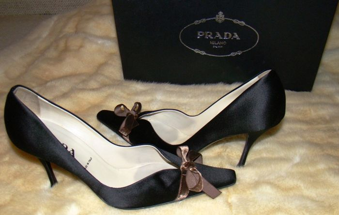 PRADA MILANO - pure beauty and elegance size 37,5  - Shoes
