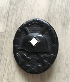 Wounded badge for the army 1939 in black