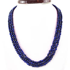 Lapis Lazuli necklace with 18 kt (750/1000) gold, length 50cm. No reserve price